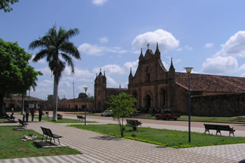 userfiles/image/tours bolivia/Visit_to_the_Jesuit_Missions/